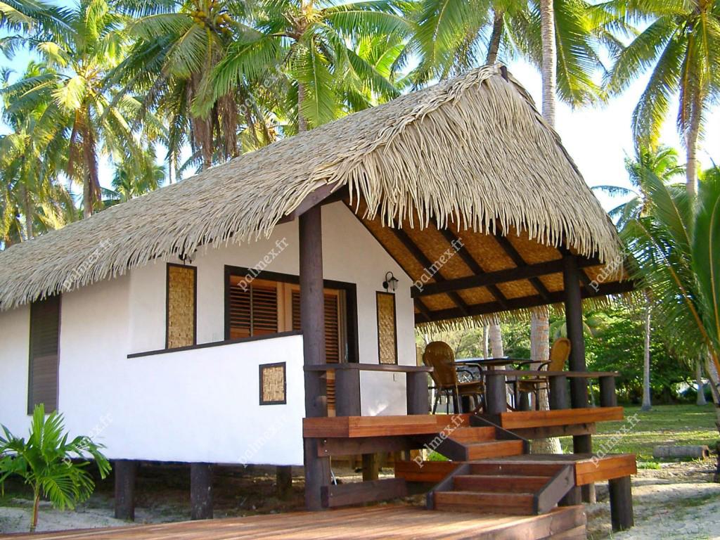 abris-feuilles-de-palmiers